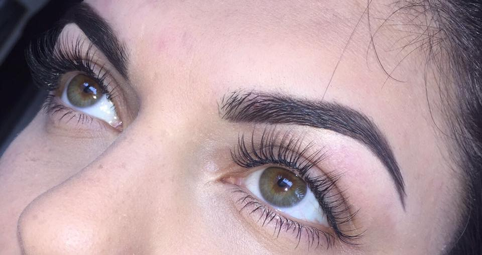 Classic Individual Faux-Mink Eyelash Extensions